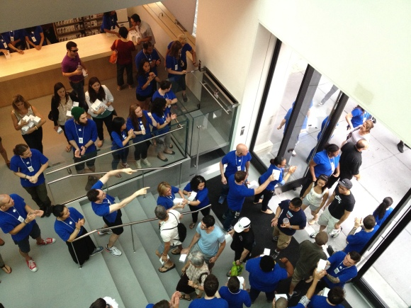 Tech.News: Apple's SoHo Store